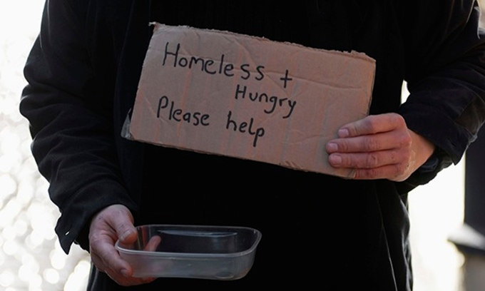 Beggar-on-the-street-010